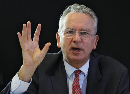 Глава Eutelsat Мишель де Розен (Michel de Rosen).