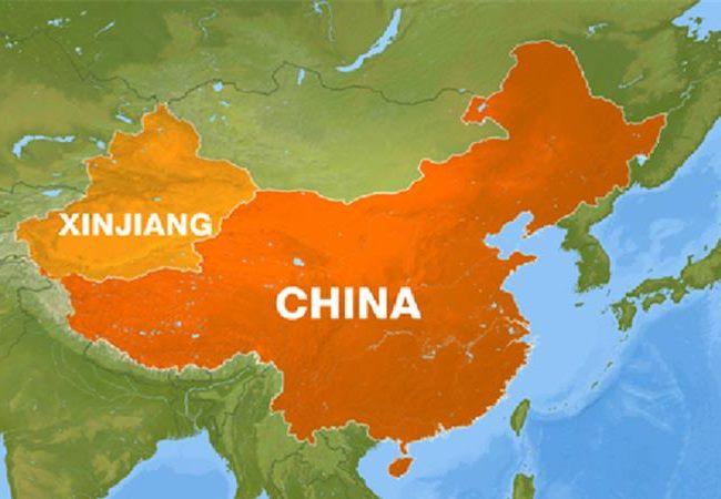 На карте: Как можно видеть на карте КНР, Синьцзян-Уйгурский Автономный район (на карте он подписан как Синьцзян (Xinjiang) занимает значительную часть Китая