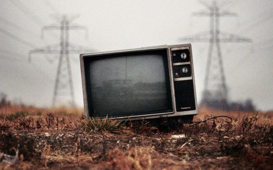 iskusstvo-smotret-televizor-4